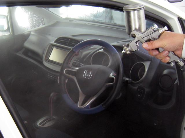 車内消臭コーティングも人気